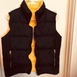 Reversible (yellow or navy) old navy vest